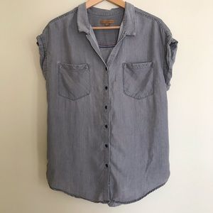 Jachs Girlfriend Grey Chambray Artists Blouse
